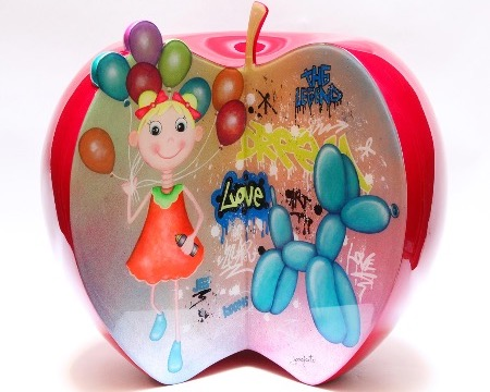 "Balloon apple - 15"" inch - Resin sculpture"